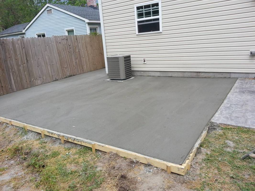 Concrete driveway patio of virginia beach contractors for Concrete home contractors
